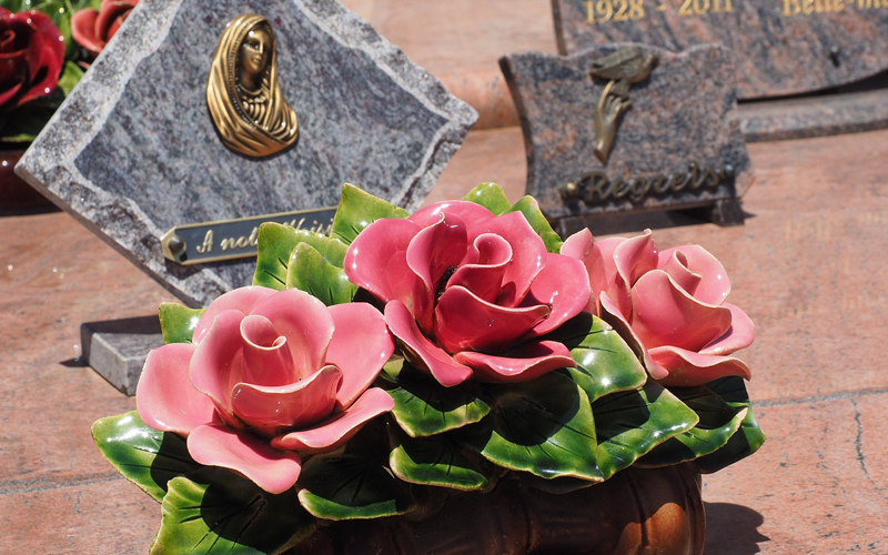 Why should I use an answering service for my funeral home business